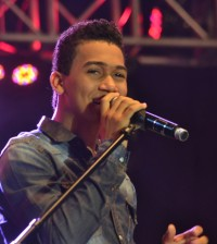 El salsero David Kada representó al género en el festival.