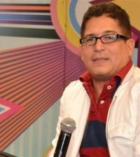 """El presentador de TV Iván Ruiz vuelve a la producción de """"El show del mediodía""""."""