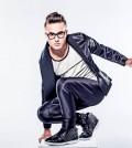 El cantante pop tropical Johnny Sky continúa firme abriéndose paso en la música.