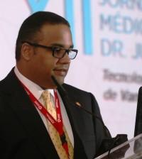 El doctor Luis Suazo en la jornada celebrada por Cedimat.