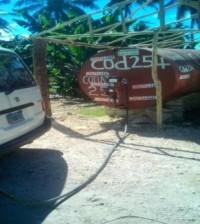 Uno de los puntos de venta ilegal de combustible intervenido por las autoridades.