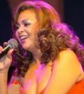 Jackeline Estévez, veterana de la canción e intérprete de música de oro.