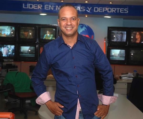 Periodista Carlos Ossi Perez anuncia  volvera a trabajar tras accidente