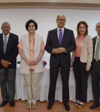 Comité organizador del MIC 2015, encabezado, al centro, por el ministro de Cultura, José Antonio Rodríguez.