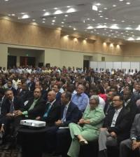Más de 400 miembros del Comité Central votan a favor de la reelección.