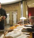 """New York Strong"", episodio 301. Kevin Durand como Vasiliy Fet, y David Bradley interpreta a Abraham Setrakian. | Foto: Michael Gibson/FX."